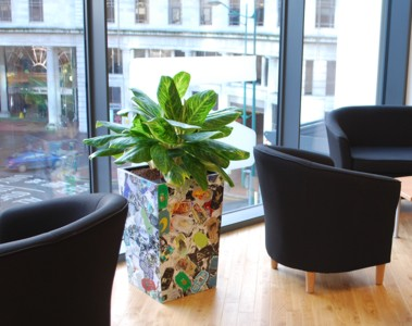 recycled plastic plant pots made from recycled mobile phones
